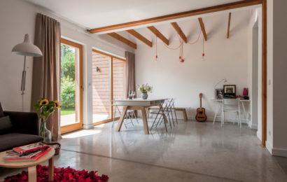 Mikrocement – czym są dekoracyjne posadzki betonowe i jakie jest ich zastosowanie?